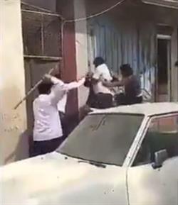 جدة: ضبط الهنود والباكستانيين الذين اشتبكوا في مضاربة دامية بالعصي (فيديو)