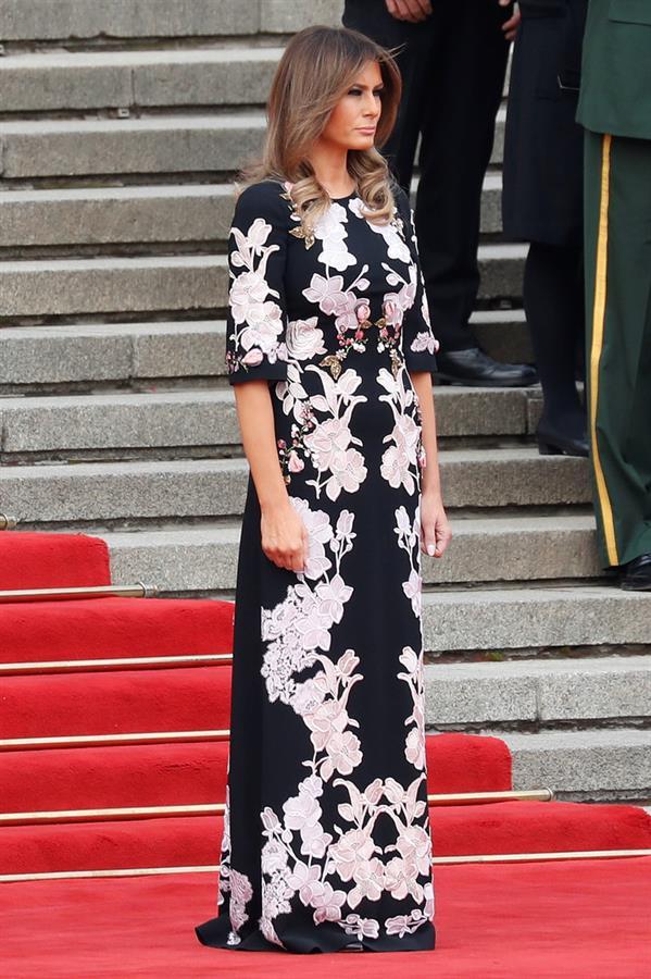 سيدة البيت الأبيض بالزي الصيني.. أناقة أبهرت الحضور