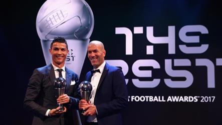 """في جائزة أفضل لاعب بالعالم .. لمن ذهب صوت """"أسامة هوساوي"""" و""""مارفيك"""""""