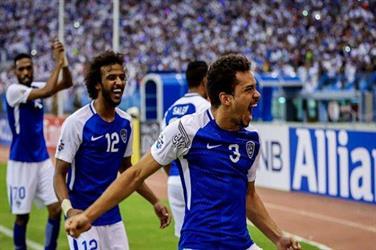 """""""الهلال""""يوفِّر قميصه الرسمي للجماهير السعودية في منافذ بيع تذاكر نهائي آسيا"""