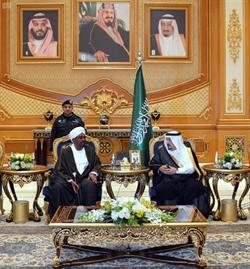 رئيس جمهورية السودان يصل الرياض