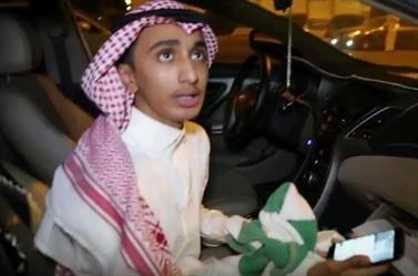 """شرطة جدة تفرج عن الشاب """"داهس المشجع الاتحادي"""" بعد التحقيق معه"""