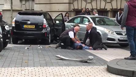 إصابات بحادث دهس وسط لندن والشرطة تعتقل سائق السيارة (فيديو وصور)