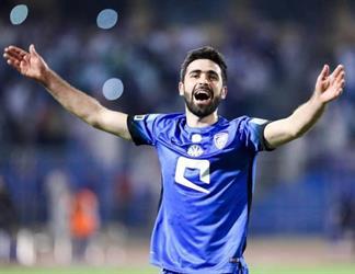 خريبين ينافس عموري على جائزة أفضل لاعب في آسيا