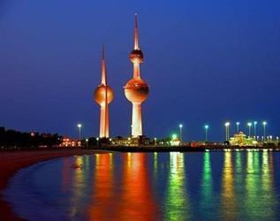 """الكويت: التحقيق مع """"ضابط"""" حاول التوسط لتخليص 3 حاويات من البضائع مقلدة"""