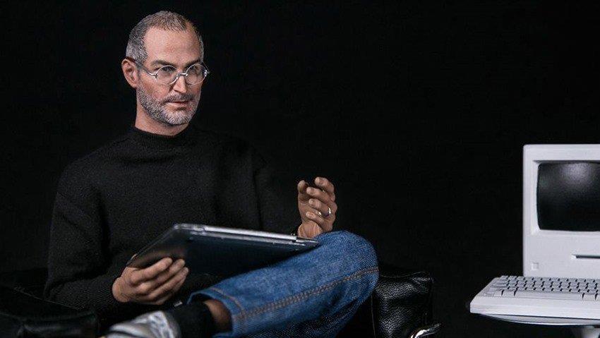 بالصور طرح دمية لمؤسس أبل ستيف جوبز 666e126d-d528-45ce-8