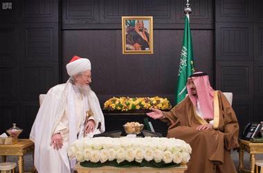 خادم الحرمين الشريفين يستقبل المفتي الأعلى رئيس الإدارة الدينية المركزية لمسلمي روسيا