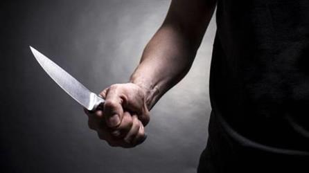 جدة: مواطن يقتل زوجته واثنين من أبنائه طعنا داخل منزله