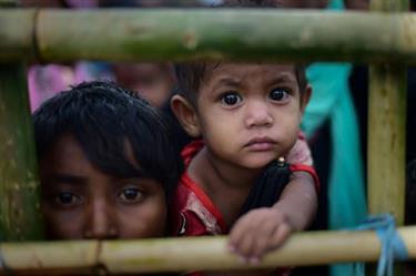 نحو 14 ألف طفل لاجئ من الروهينغا فقدوا أحد الوالدين