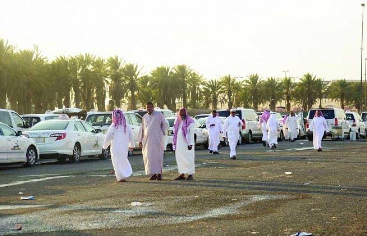 أمير مكة بالنيابة يوجّه بقصر العمل بسيارات الأجرة داخل العاصمة المقدسة على السعوديين
