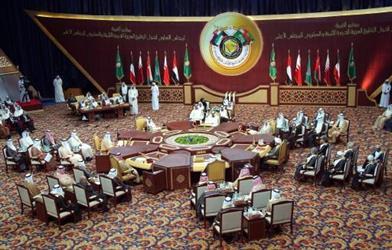مصدر دبلوماسي يكشف عن مقترح لعقد القمة الخليجية المقبلة في واشنطن
