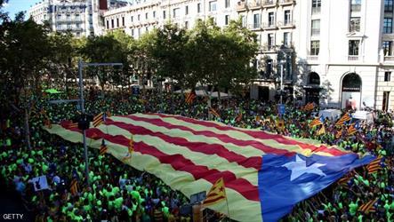 تظاهرات تطالب باستقلال كتالونيا