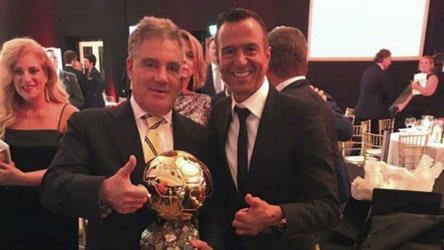 """رجل أعمال إسرائيلي يشتري """"الكرة الذهبية"""" من رونالدو (صورة)"""