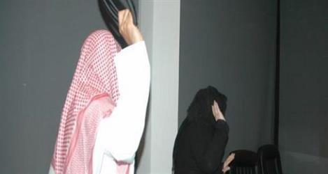 """""""العمل"""" تتفاعل مع شكوى مواطنة ادعت تعرضها وابنتها لعنف أسري في تبوك"""