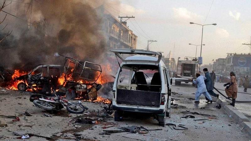 الخارجية : المملكة تدين وتستنكر التفجير الانتحاري الذي استهدف شاحنة للشرطة بباكستان