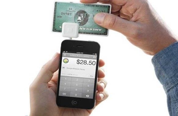 بالصور .. 6 تطبيقات لتيسير المعاملات المالية عبر الجوال