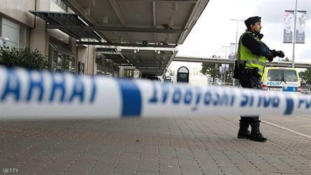 الشرطة اوقفت الرجل مطار لاندفيتر.